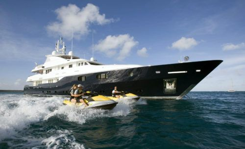 23 Super Yachts Of The Filthy Rich